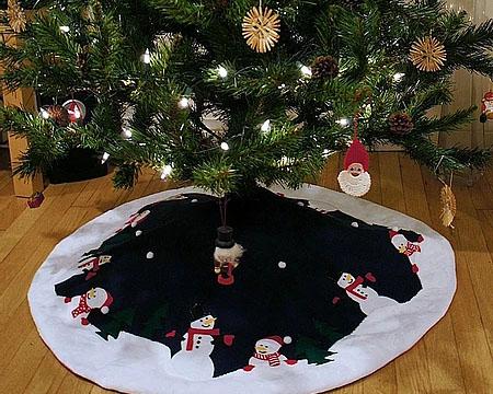 Handmade Christmas: FREE Reindeer Sewing Pattern - Frocks and Frolics Blog