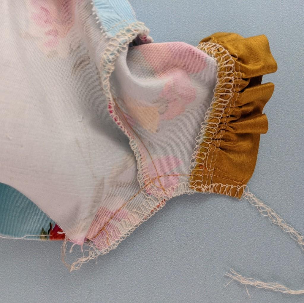 sewing a dolls sleeve, american doll, doll, 18 inch